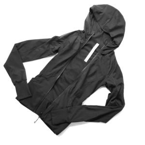 lululemon contour hooded jacket